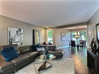 Photo 5: 669 Cambridge Street in : River Heights / Tuxedo / Linden Woods Residential for sale (South Winnipeg)  : MLS®# 1414053