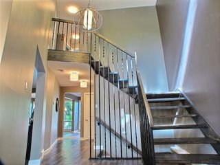 Photo 2: 669 Cambridge Street in : River Heights / Tuxedo / Linden Woods Residential for sale (South Winnipeg)  : MLS®# 1414053