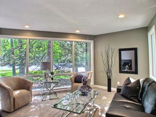 Photo 4: 669 Cambridge Street in : River Heights / Tuxedo / Linden Woods Residential for sale (South Winnipeg)  : MLS®# 1414053