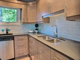 Photo 11: 669 Cambridge Street in : River Heights / Tuxedo / Linden Woods Residential for sale (South Winnipeg)  : MLS®# 1414053