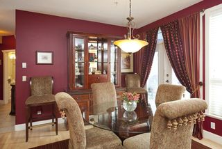 Photo 5: 301 4500 Westwater Drive in Coppersky West: Home for sale
