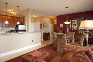 Photo 3: 301 4500 Westwater Drive in Coppersky West: Home for sale