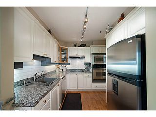 Photo 6: 356 TAYLOR WY in West Vancouver: Park Royal Condo for sale : MLS®# V1073240