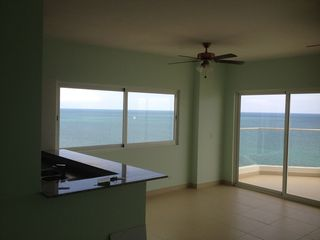 Photo 6: Patricia Italia Farallon 3 bedroom!!  Hurry!