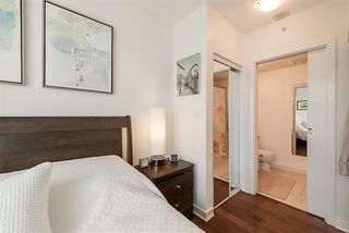 Photo 14: Vancouver West in Coal Harbour: Condo for sale : MLS®# R2083147