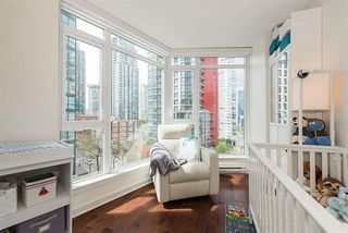 Photo 15: Vancouver West in Coal Harbour: Condo for sale : MLS®# R2083147