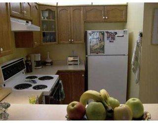 """Photo 4: 301 12025 207A ST in Maple Ridge: Northwest Maple Ridge Condo for sale in """"THE ATRIUM"""" : MLS®# V552715"""