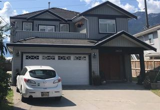 """Photo 13: 38131 HARBOUR VIEW Place in Squamish: Hospital Hill House for sale in """"HOSPITAL HILL"""" : MLS®# R2397230"""