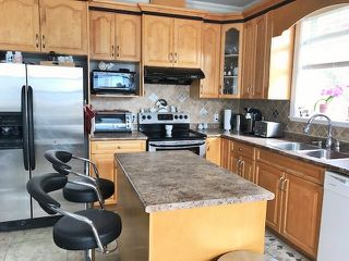 "Photo 3: 38131 HARBOUR VIEW Place in Squamish: Hospital Hill House for sale in ""HOSPITAL HILL"" : MLS®# R2397230"