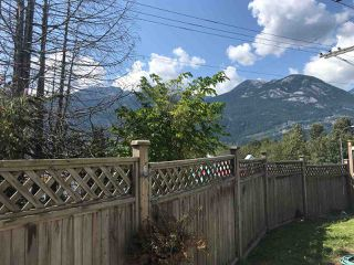 "Photo 14: 38131 HARBOUR VIEW Place in Squamish: Hospital Hill House for sale in ""HOSPITAL HILL"" : MLS®# R2397230"