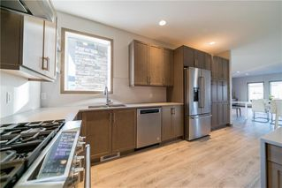Photo 5: 22 JANAKAS Place in Winnipeg: Headingley North Residential for sale (5W)  : MLS®# 1928271