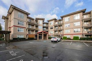 """Main Photo: 101 2515 PARK Drive in Abbotsford: Abbotsford East Condo for sale in """"VIVA on Park"""" : MLS®# R2426311"""