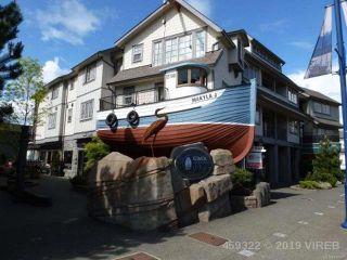 Photo 1: 203 1695 Comox Ave in COMOX: CV Comox (Town of) Condo for sale (Comox Valley)  : MLS®# 836667