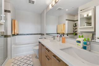 Photo 14: 403 717 CHESTERFIELD AVENUE in North Vancouver: Central Lonsdale Condo for sale : MLS®# R2464294