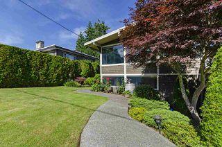 Photo 37: 1052 HABGOOD Street: White Rock House for sale (South Surrey White Rock)  : MLS®# R2470077
