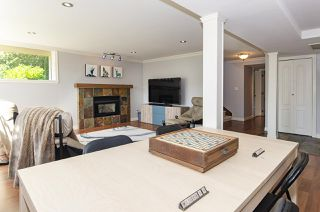 Photo 24: 1052 HABGOOD Street: White Rock House for sale (South Surrey White Rock)  : MLS®# R2470077
