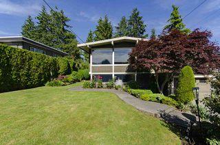 Photo 33: 1052 HABGOOD Street: White Rock House for sale (South Surrey White Rock)  : MLS®# R2470077