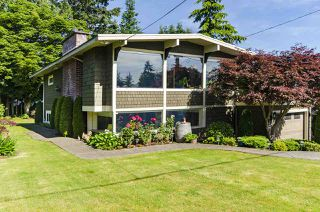 Main Photo: 1052 HABGOOD Street: White Rock House for sale (South Surrey White Rock)  : MLS®# R2470077