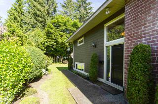 Photo 39: 1052 HABGOOD Street: White Rock House for sale (South Surrey White Rock)  : MLS®# R2470077