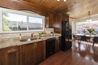 Photo 10: 1052 HABGOOD Street: White Rock House for sale (South Surrey White Rock)  : MLS®# R2470077