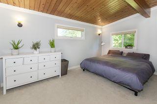 Photo 12: 1052 HABGOOD Street: White Rock House for sale (South Surrey White Rock)  : MLS®# R2470077