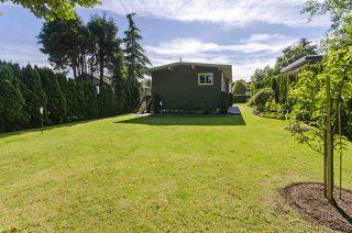 Photo 30: 1052 HABGOOD Street: White Rock House for sale (South Surrey White Rock)  : MLS®# R2470077