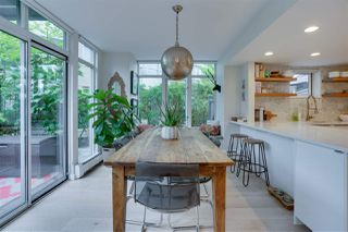 """Photo 8: TH17 63 KEEFER Place in Vancouver: Downtown VW Townhouse for sale in """"THE EUROPA"""" (Vancouver West)  : MLS®# R2470424"""