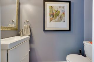 """Photo 9: TH17 63 KEEFER Place in Vancouver: Downtown VW Townhouse for sale in """"THE EUROPA"""" (Vancouver West)  : MLS®# R2470424"""