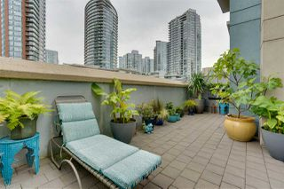 """Photo 3: TH17 63 KEEFER Place in Vancouver: Downtown VW Townhouse for sale in """"THE EUROPA"""" (Vancouver West)  : MLS®# R2470424"""