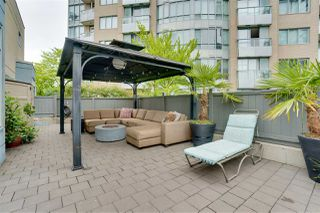 "Main Photo: TH17 63 KEEFER Place in Vancouver: Downtown VW Townhouse for sale in ""THE EUROPA"" (Vancouver West)  : MLS®# R2470424"