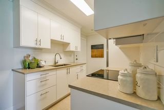 """Photo 6: 306 1121 HOWIE Avenue in Coquitlam: Central Coquitlam Condo for sale in """"THE WILLOWS"""" : MLS®# R2494892"""