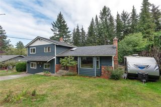 Photo 1: 4220 Enquist Rd in : CR Campbell River South House for sale (Campbell River)  : MLS®# 857563