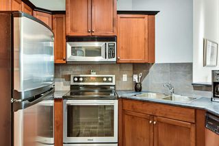Photo 11: 513 10 Discovery Ridge Close SW in Calgary: Discovery Ridge Apartment for sale : MLS®# A1054994