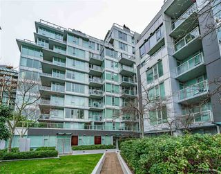 Main Photo: 902 1887 CROWE Street in Vancouver: False Creek Condo for sale (Vancouver West)  : MLS®# R2529895