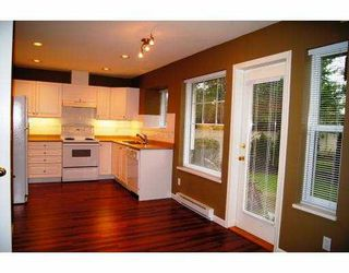 """Photo 2: 68 23085 118TH Avenue in Maple Ridge: East Central Townhouse for sale in """"SOMMERVILLE GARDENS"""" : MLS®# V934330"""
