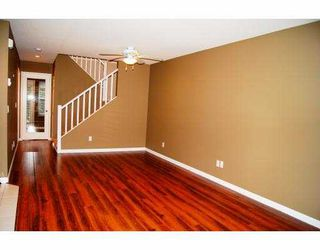 """Photo 4: 68 23085 118TH Avenue in Maple Ridge: East Central Townhouse for sale in """"SOMMERVILLE GARDENS"""" : MLS®# V934330"""