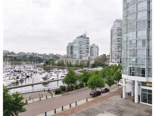 "Photo 10: 605 1067 MARINASIDE Crescent in Vancouver: Yaletown Condo for sale in ""QUAYWEST II"" (Vancouver West)  : MLS®# V955642"