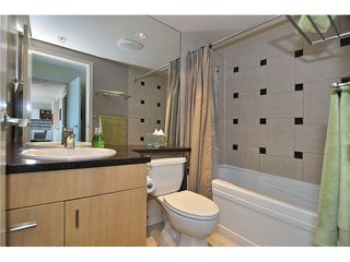"""Photo 7: 605 1067 MARINASIDE Crescent in Vancouver: Yaletown Condo for sale in """"QUAYWEST II"""" (Vancouver West)  : MLS®# V955642"""