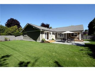 "Photo 9: 1137 KUMA Crescent in Tsawwassen: English Bluff House for sale in ""THE VILLAGE"" : MLS®# V969676"