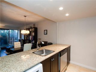 "Photo 12: 104 1420 E 7TH Avenue in Vancouver: Grandview VE Condo for sale in ""Landmark Court"" (Vancouver East)  : MLS®# V1014966"
