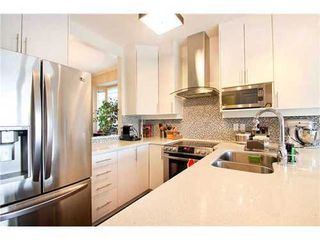 Photo 4: 5 233 6TH Street E in North Vancouver: Lower Lonsdale Home for sale ()  : MLS®# V937748