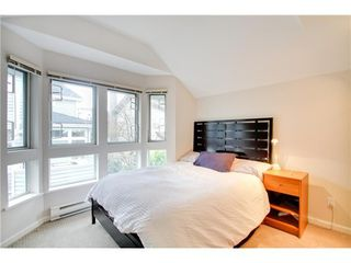 Photo 7: 5 233 6TH Street E in North Vancouver: Lower Lonsdale Home for sale ()  : MLS®# V937748