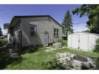 Photo 3: 683 Keewatin Street in WINNIPEG: Maples / Tyndall Park Residential for sale (North West Winnipeg)  : MLS®# 1317251
