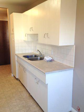 Photo 3: 308 10625 115 Street NW: Edmonton Condo for sale : MLS®# E3355084