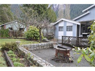 Photo 16: 38089 GUILFORD DR in Squamish: Valleycliffe House for sale : MLS®# V1042661