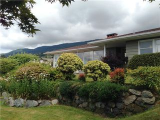 "Photo 11: 2095 MATHERS Avenue in West Vancouver: Ambleside House for sale in ""AMBLESIDE"" : MLS®# V1078754"