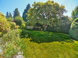 "Photo 8: 2095 MATHERS Avenue in West Vancouver: Ambleside House for sale in ""AMBLESIDE"" : MLS®# V1078754"