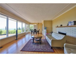 "Photo 14: 2095 MATHERS Avenue in West Vancouver: Ambleside House for sale in ""AMBLESIDE"" : MLS®# V1078754"