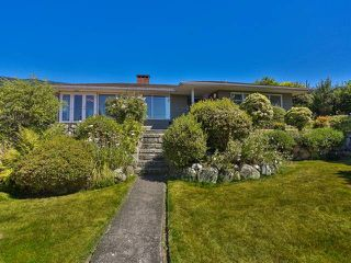 "Photo 10: 2095 MATHERS Avenue in West Vancouver: Ambleside House for sale in ""AMBLESIDE"" : MLS®# V1078754"
