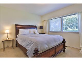 "Photo 18: 2095 MATHERS Avenue in West Vancouver: Ambleside House for sale in ""AMBLESIDE"" : MLS®# V1078754"